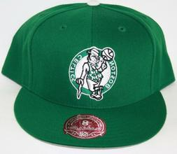 NEW Boston Celtics MITCHELL & NESS NBA Green Logo Fitted Bas